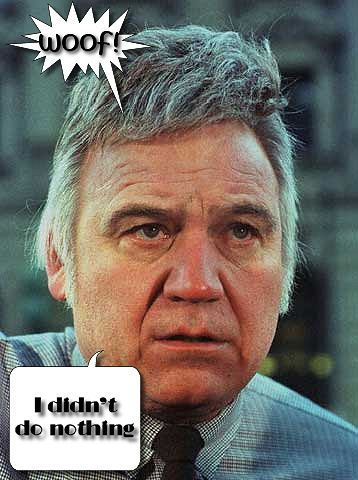 James Traficant and his toupee give testimony at his corruption trial